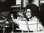 Ensaio com o Ney Matogrosso no Rio Guilherme Vaz ao piano e BRuce Henry no baixo - saca o cabelo(cotonete de orelhão) rsrsrsrsrsrsrsrs Elber Bedaque