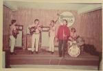 Os Wellatons( Zé Ricardo(guit.) João Indiani(guit. e teclados) e LUíz Gonzaga(Ceguinho- baixo) acompanhando Rinaldo Calheiros)festa da Wella) - Elber Bedaque