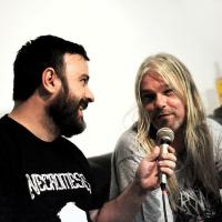 Vocalista do Asphyx alfineta Chris Barnes (Six Feet Under) em entrevista ao For HeadS
