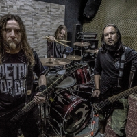 "Claustrofobia: Banda anuncia ""Brotherhood Loco Tour""."